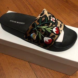 New Steve Madden Leopard Print Patches Sandals 7